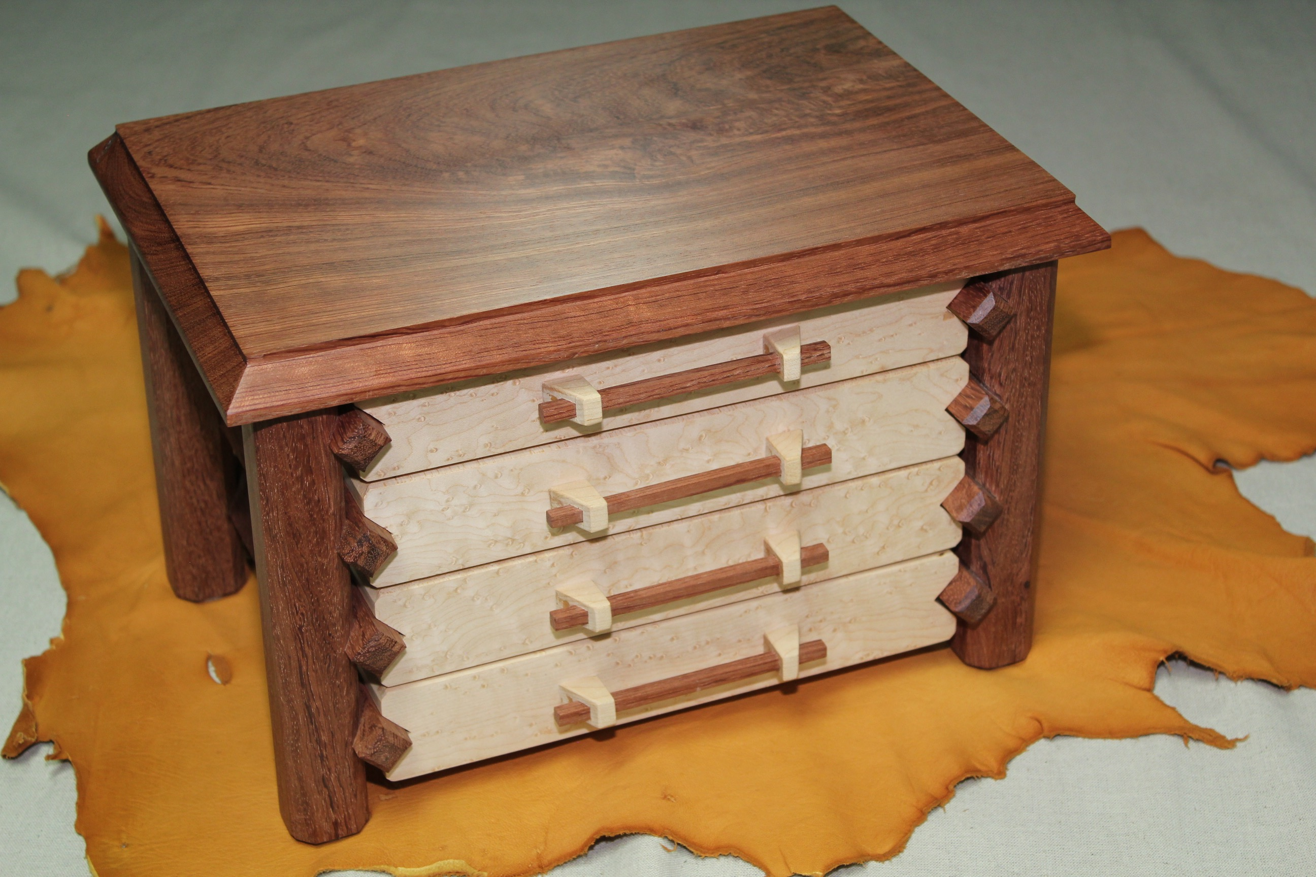 Jewelry Box - Pagoda - Bubinga - 4 Drawer